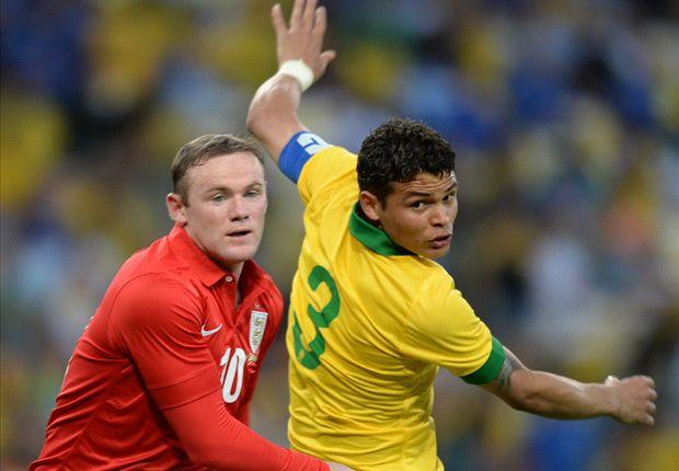 Thiago Silva cree que el PSG mejoraría mucho con la llegada de Rooney
