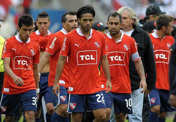 Tras tres años de malas campañas, Independiente sufrió el mismo destino que River: el descenso.