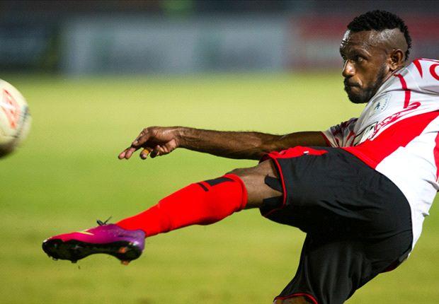 Koleksi gol Boaz Solossa tak bisa dikejar Sergio van Dijk dan Coulibaly Djibril