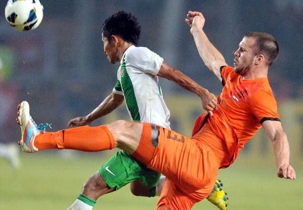Vlaar: Netherlands defence is weak