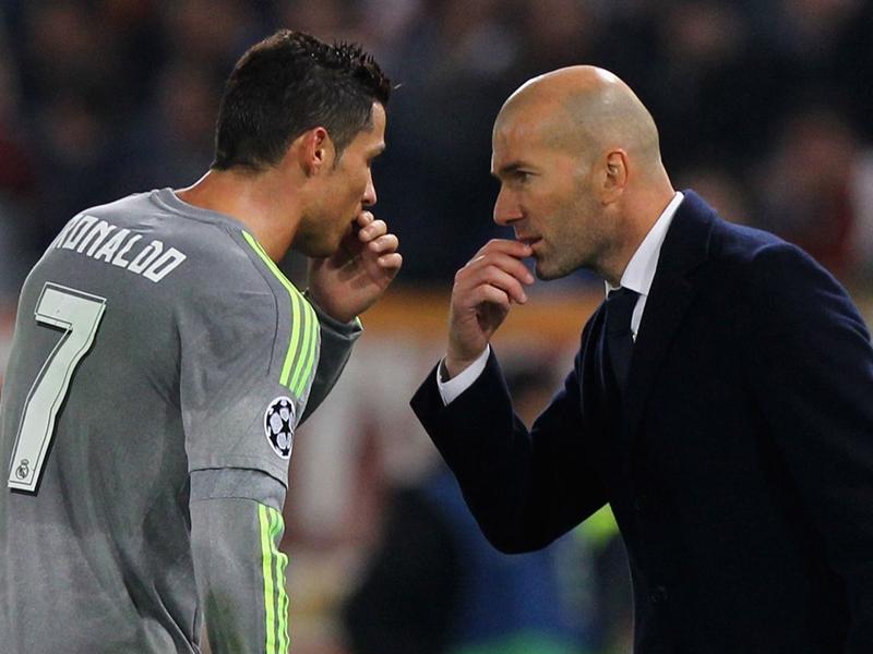 """Real Madrid, Zinedine Zidane """"Je pense que Ronaldo ne jouera pas le premier match de championnat"""""""