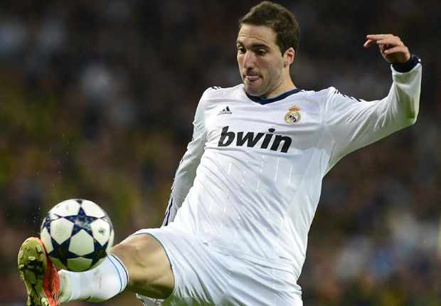 Napoli to bid more than €35m for Higuain