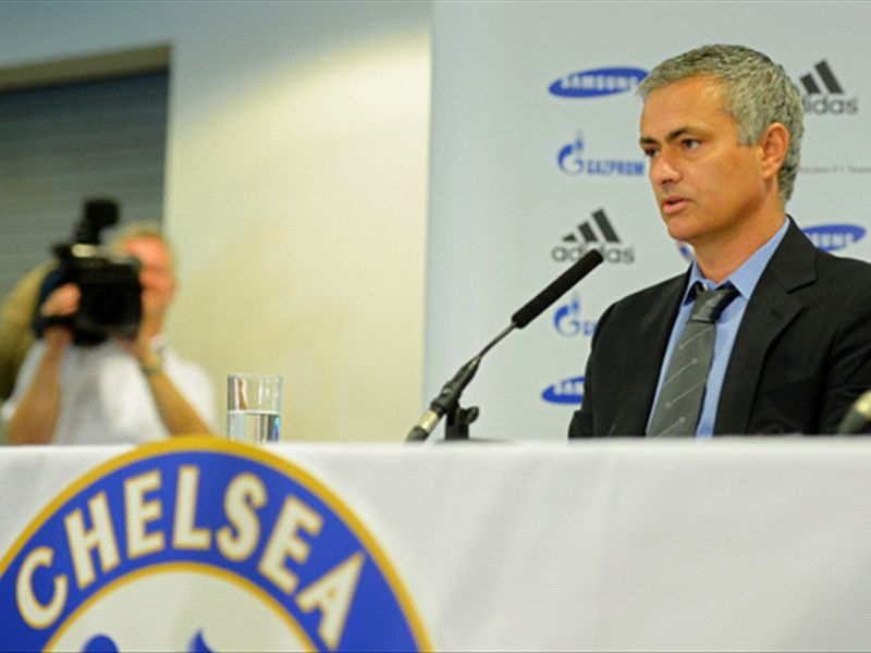 'Selfish' players to be given short shrift at Chelsea, warns Mourinho