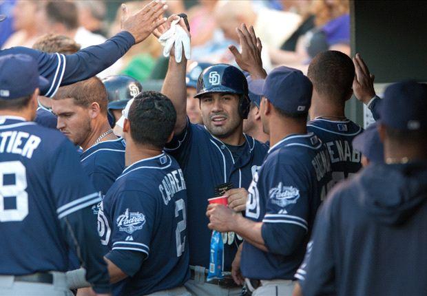 Regalarán bufandas de Xolos en partido de San Diego Padres