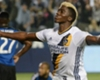 MLS Review: Zardes inspires Galaxy