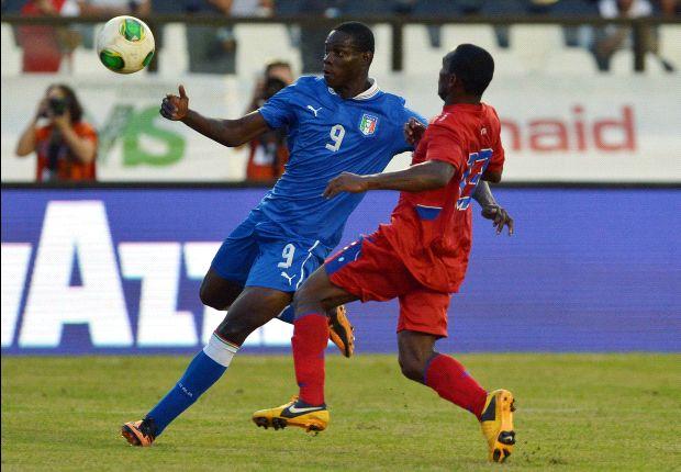 Italiens Mario Balotelli im Spiel gegen Haiti in Aktion