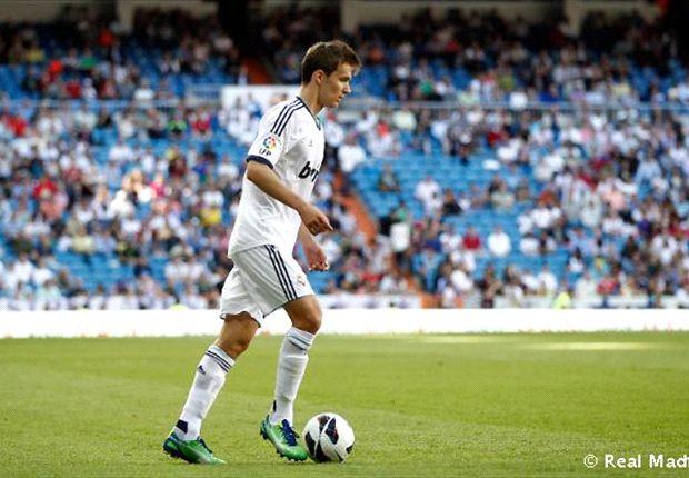 Diego Llorente, en su debut con el Real Madrid en el Santiago Bernabéu