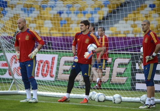 Del Bosque: Casillas is still Spain's No.1