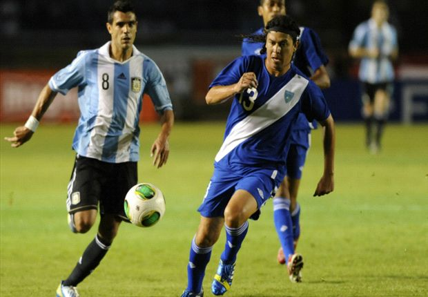 Augusto Fernández se suma a la Selección para la gira en Estados Unidos.