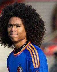Feyenoord starlet Tahith Chong confirms Manchester United move