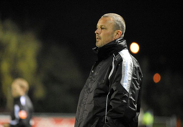 Waterford United begin negotations with former manager Stephen Henderson