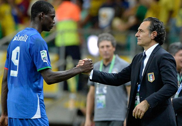 Milan have managed Balotelli well, says Prandelli
