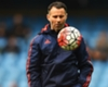 Cole backs Giggs for United manager