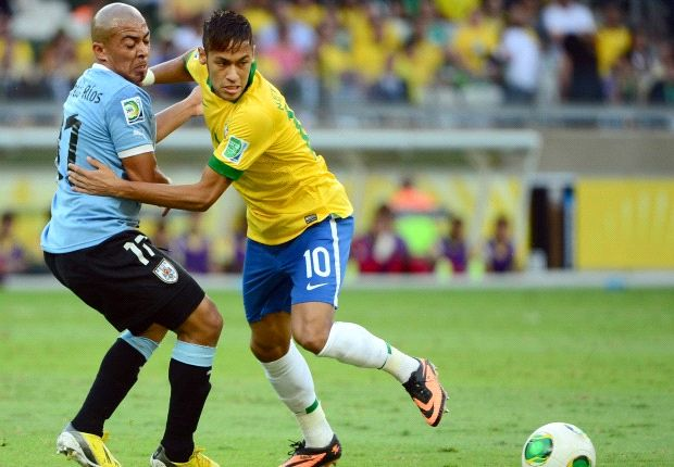 Brazil 2-1 Uruguay: Late Paulinho header books Confeds Cup final berth