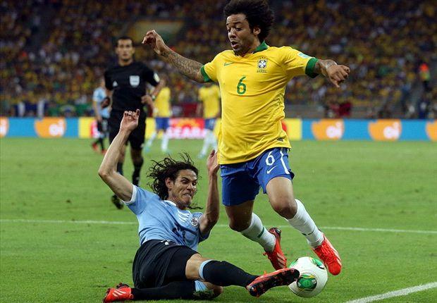 Brasil 2 x 1 Uruguai: Paulinho marca no fim e coloca a Seleção em mais uma final
