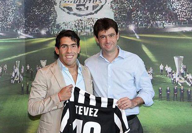 Carlos Tévez, en su presentación como nuevo jugador de la Juventus