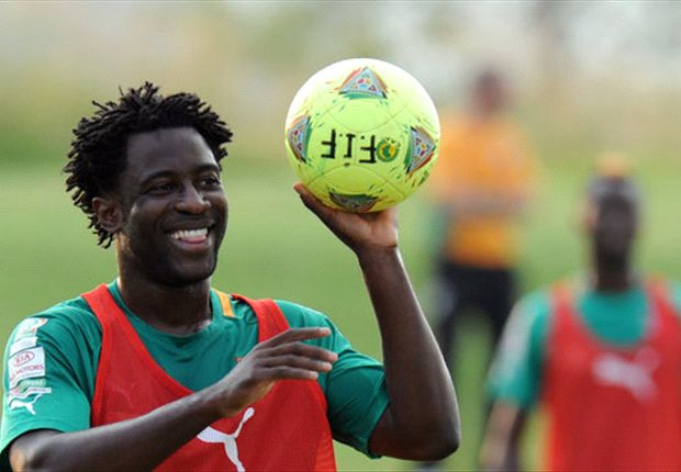 Bony granted Swansea work permit