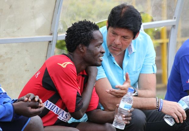 AFC Leopards' coach Eymael (r) is dissapointed to have missed out on Wagaluka (l)