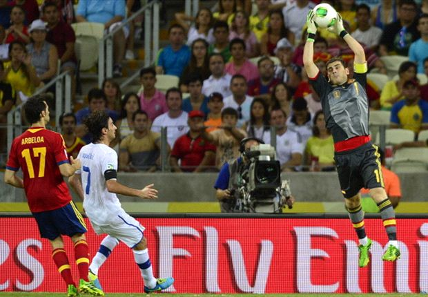 Phone call to Xavi kept peace in Spain squad, reveals Casillas
