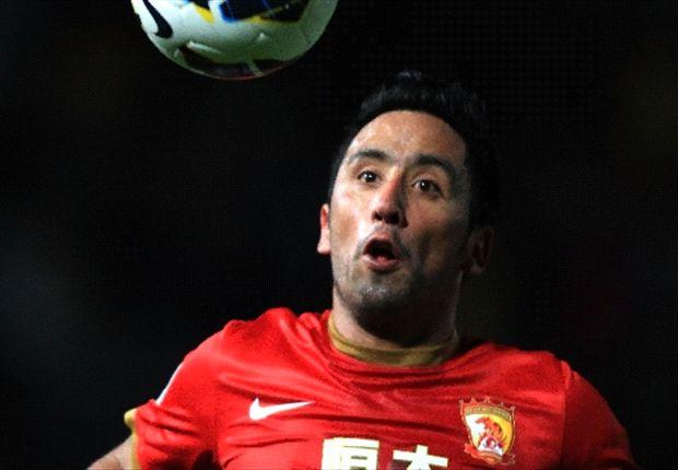 Lucas Barrios llegó al fútbol de China en junio de 2012.