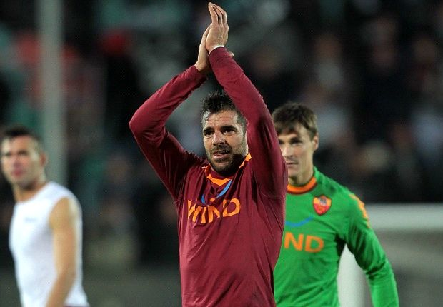 Roma veteran Perrotta announces retirement