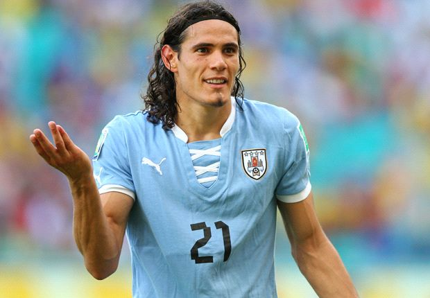 'Paris Saint-Germain offer Cavani €8 million per year'