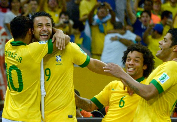 Brasil 3 x 0 Espanha: Seleção massacra campeões mundiais e é campeã da Copa das Confederações