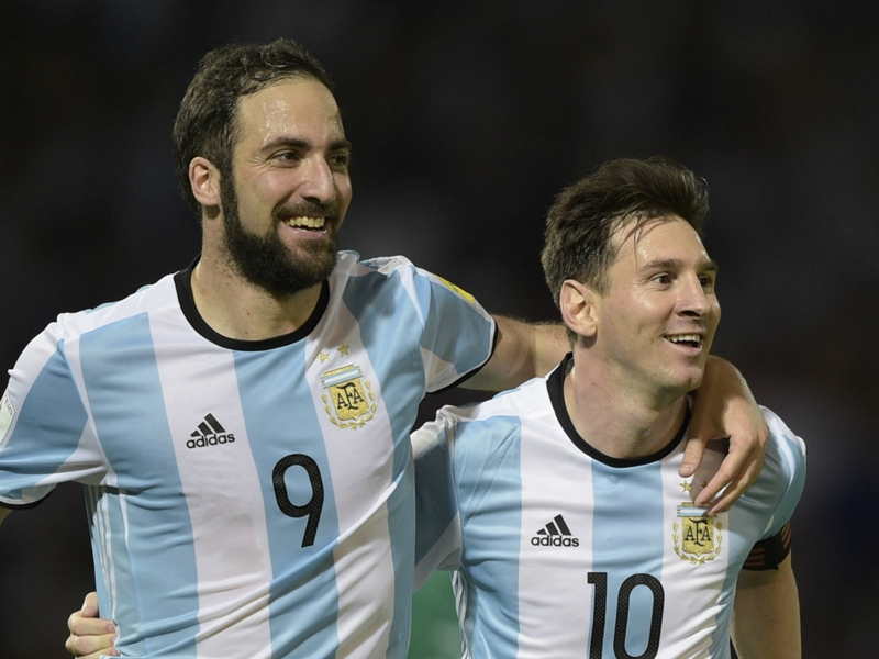 'Higuain is vital' - Messi defends Argentina team-mate from final criticisms