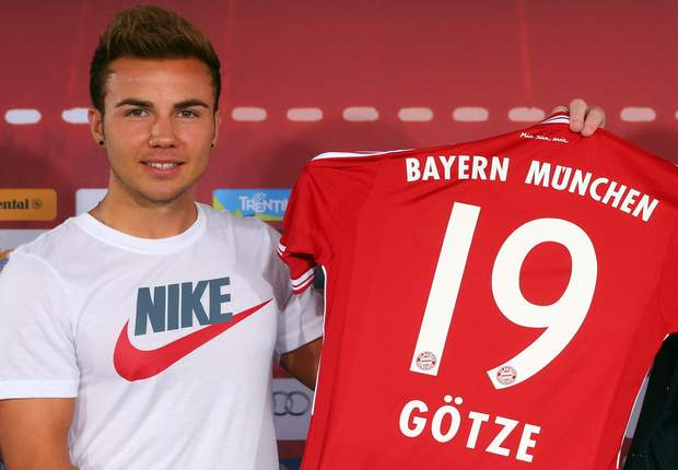 Bayern apologise to Adidas over Gotze howler