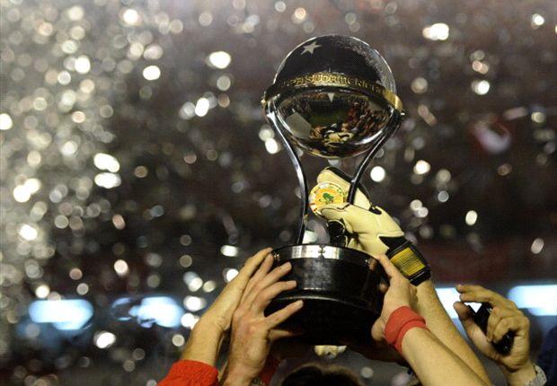 El último en levantar el trofeo fue Sao Paulo, tras las accidentada final ante Tigre