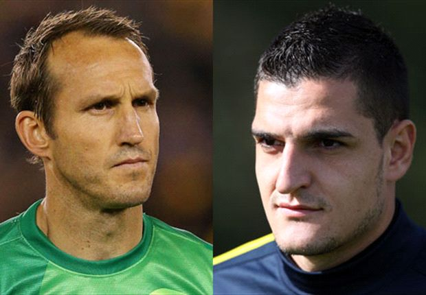 Mannone's move to Sunderland will force Schwarzer to look elsewhere