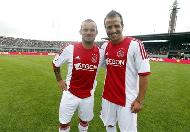 De Boer zit niet te wachten op Sneijder en Van der Vaart