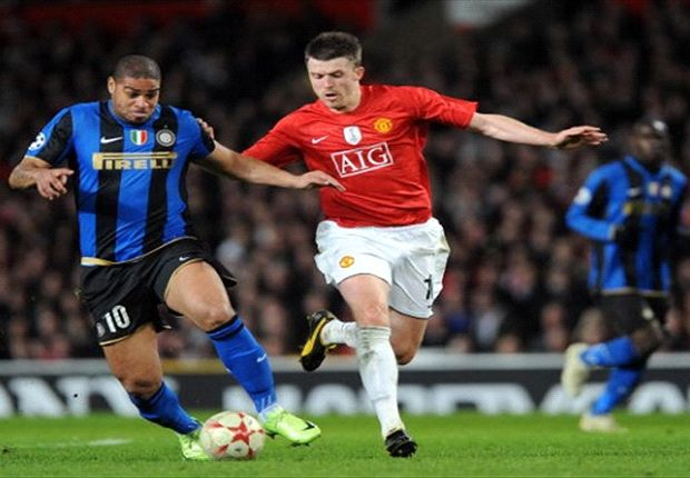 Former Inter Milan striker Adirano (left) is a transfer target for Indonesian side Sriwijaya