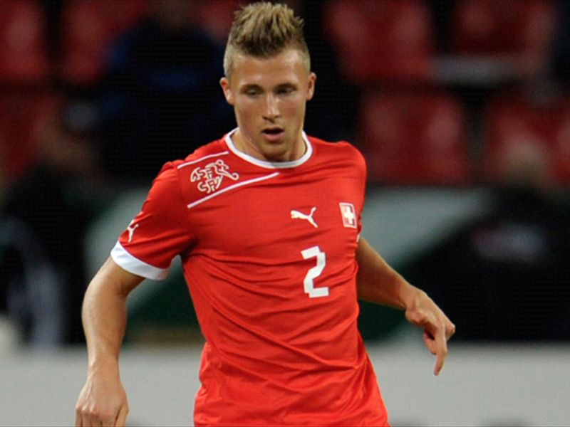 Ultime Notizie: Rinnovi Juventus: difficoltà solo per Giovinco e Lichsteiner, a destra spunta Widmer
