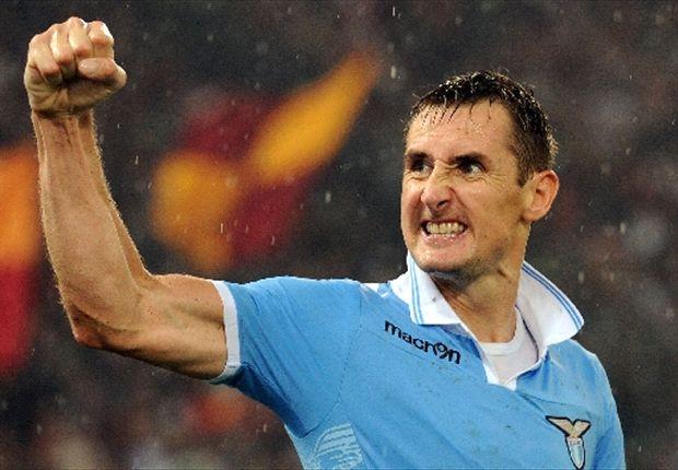 Miroslav Klose bertekad mencetak gol ke gawang Juventus di ajang Piala Super Italia