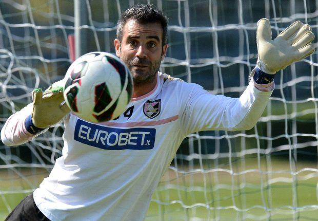 Stefano Sorrentino, un'opzione d'esperienza per il Cagliari