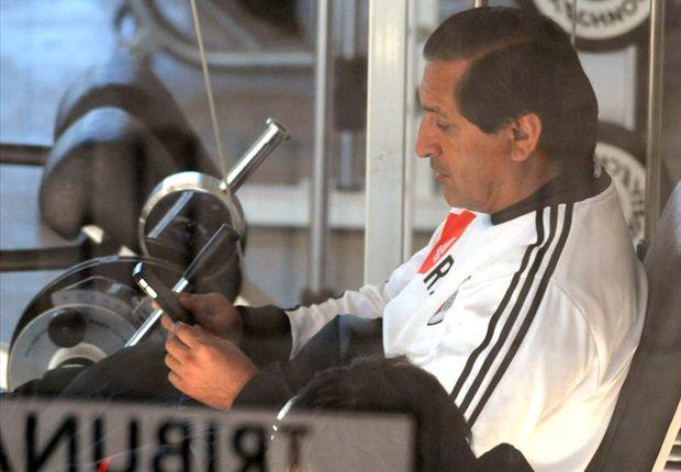 Ramón Díaz habló por primera vez sobre la salida de Trezeguet.