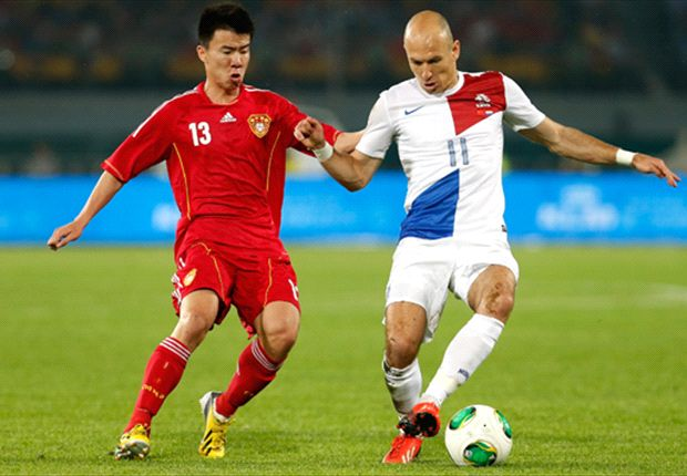 Will the Socceroos prove a tougher test for China than the Netherlands' Arjen Robben?