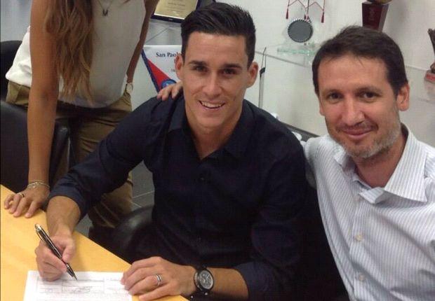 Napoli snaps up Jose Callejon
