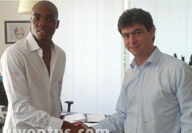 Ogbonna pindah ke klub rival.