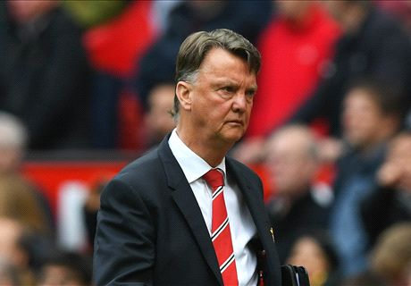 Van Gaal treats players like kids - Nani
