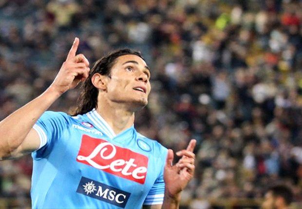 Cavani price absurd, admits De Laurentiis