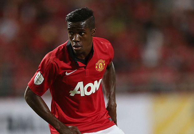 Moyes praises Zaha after United defeat