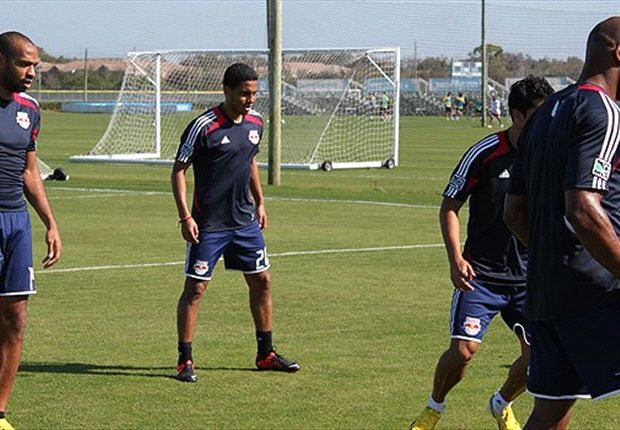 "MLS: Red Bulls debuta a Bustamante, ""es para mi familia"""