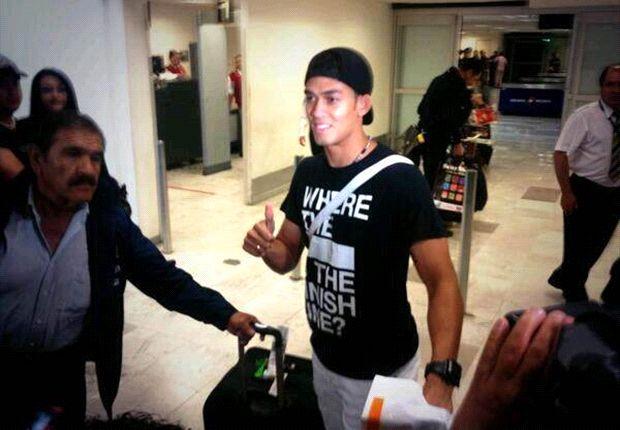 Andrade fue recibido por aficionados americanistas a su llegada a México