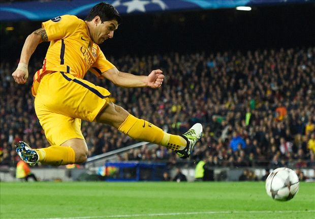 Sneaky Suarez turns tie in Barca's favour - but he shouldn't have been on the pitch