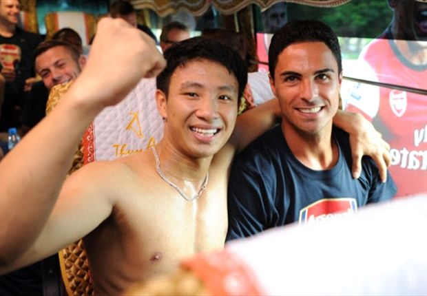 One Vietnamese Arsenal fan got his just rewards following a remarkable trek