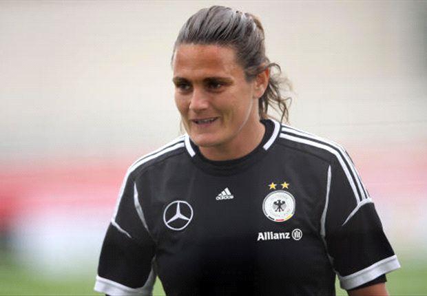 Nadine Angerer: Torhütern und Spielführerin der deutschen Frauen-Nationalmannschaft