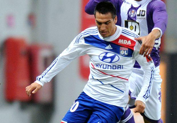 Official: Catania sign Monzon