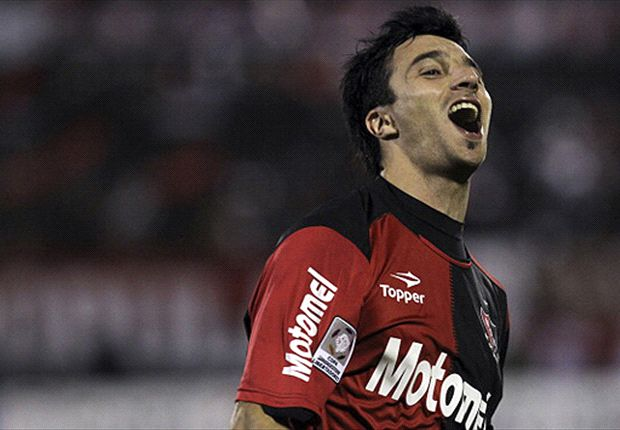Official: Internacional sign Scocco